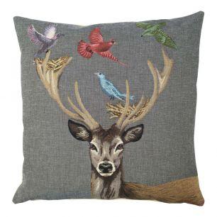 Gobelin cushion funky deer nest 45x45cm
